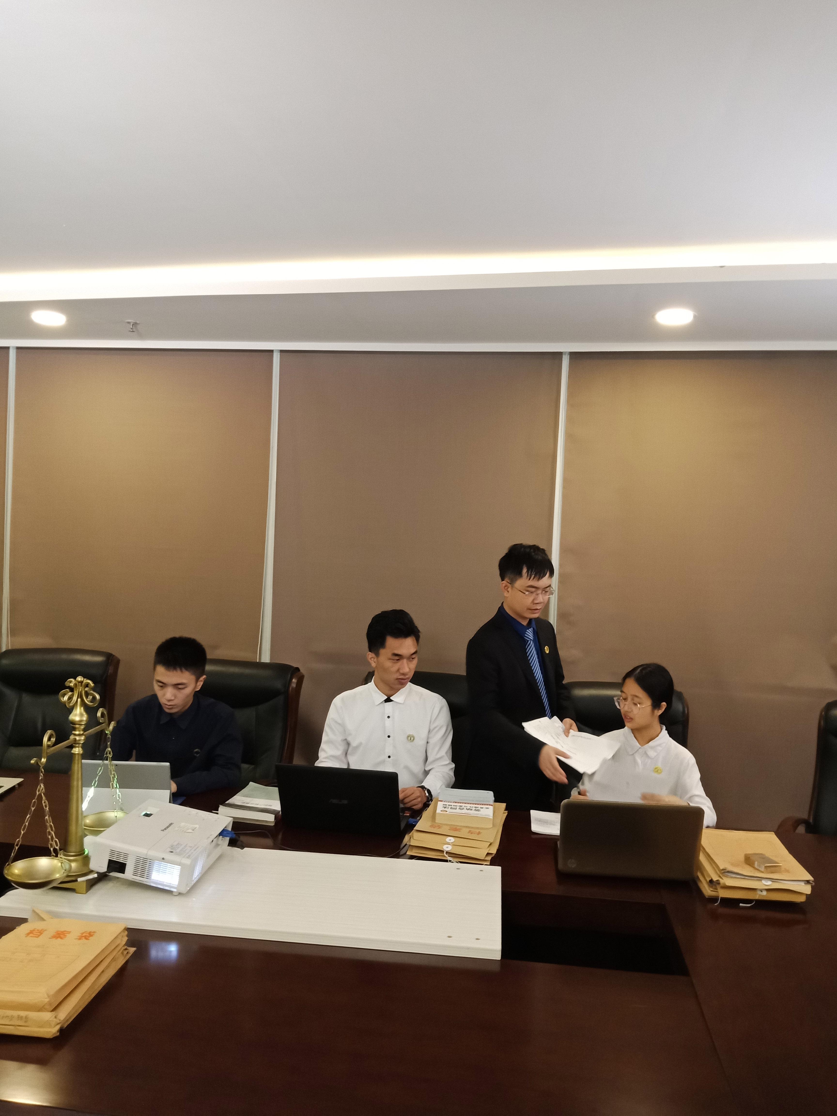 马律师团队拍摄宣传片