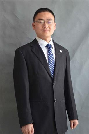 刘春茂律师