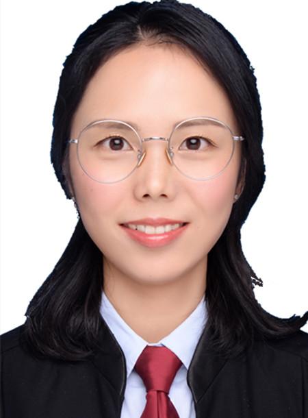 傅梅虹律师(中共党员)