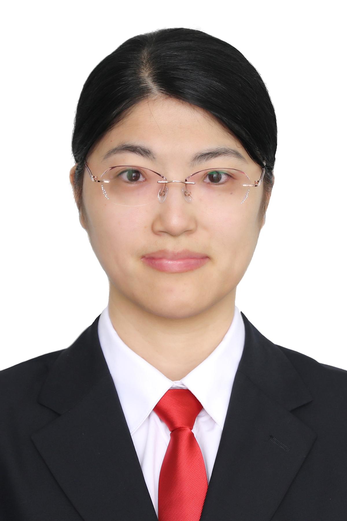 徐萍律师(中共党员)