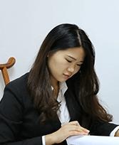 方榕榕∏律师
