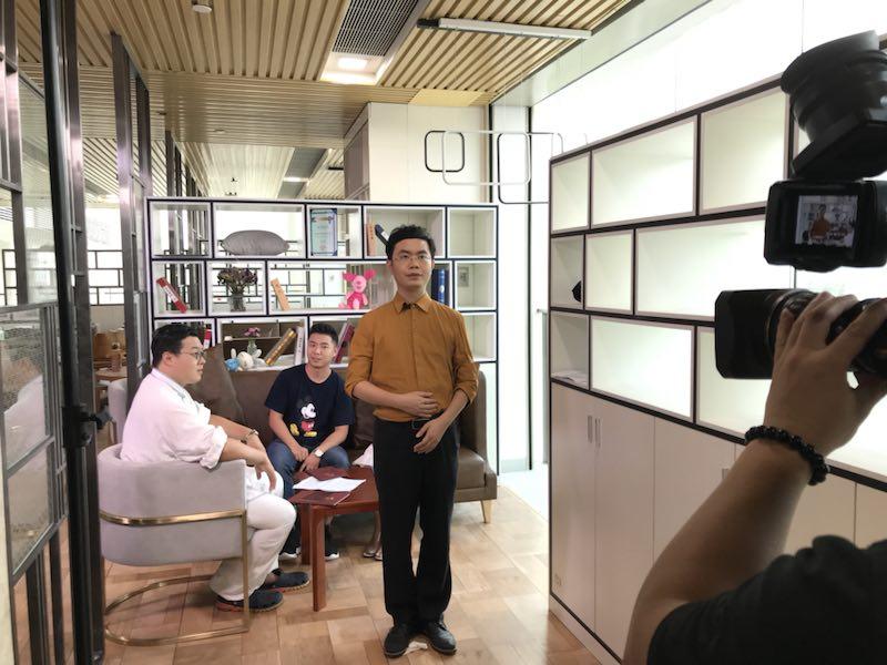 马俊哲律师进行电视拍摄过程中2