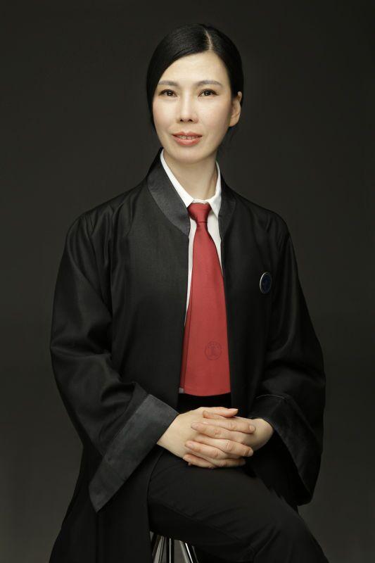 郑世红律师