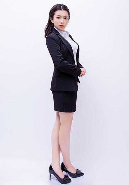 束丽丽律师照片5