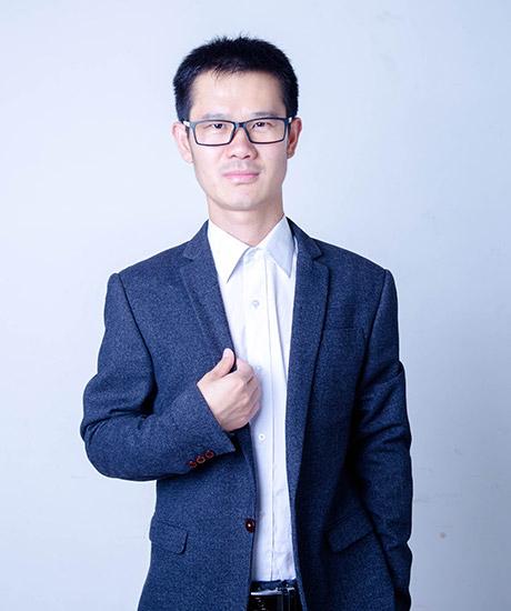 朱恒新律师照片1