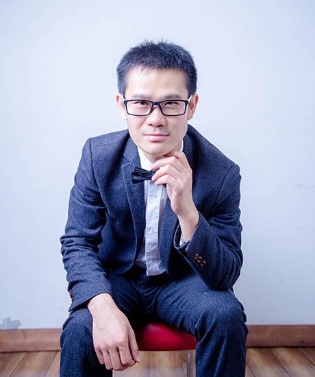 朱恒新律师照片3