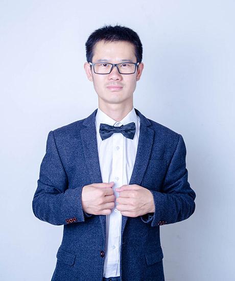 朱恒新律师照片5
