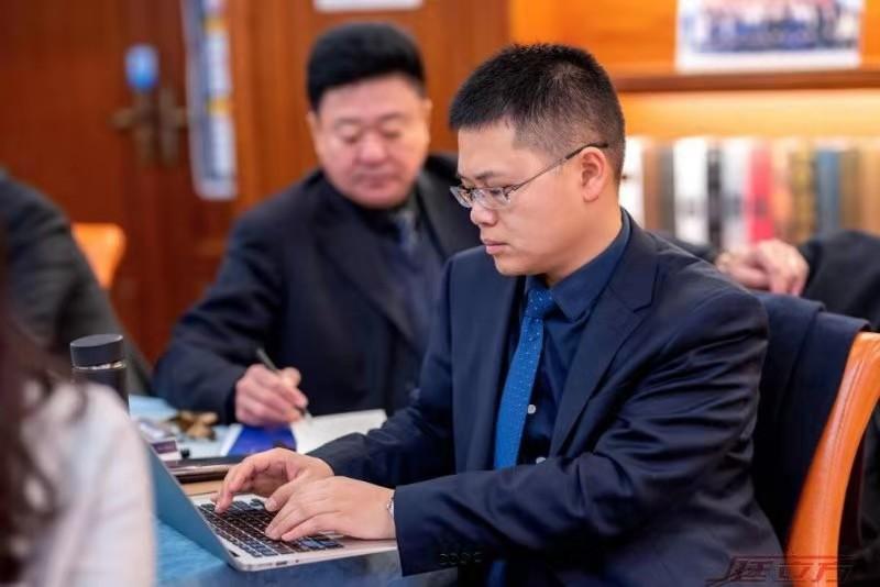 徐权峰律师