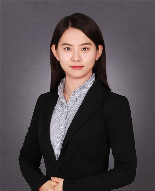张琳玲律师