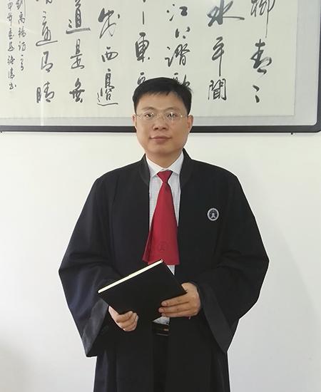王中强律师