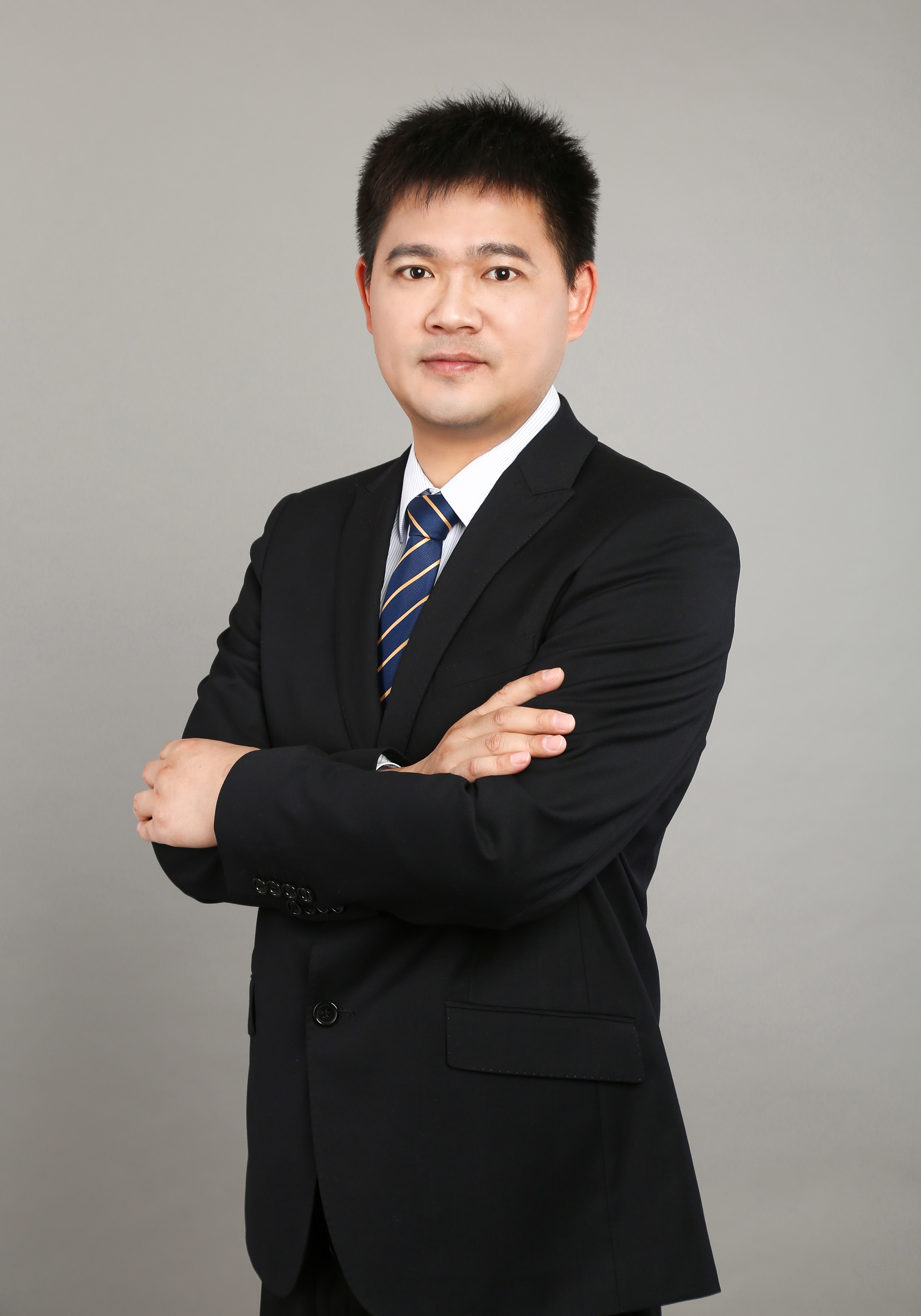 周华丰律师