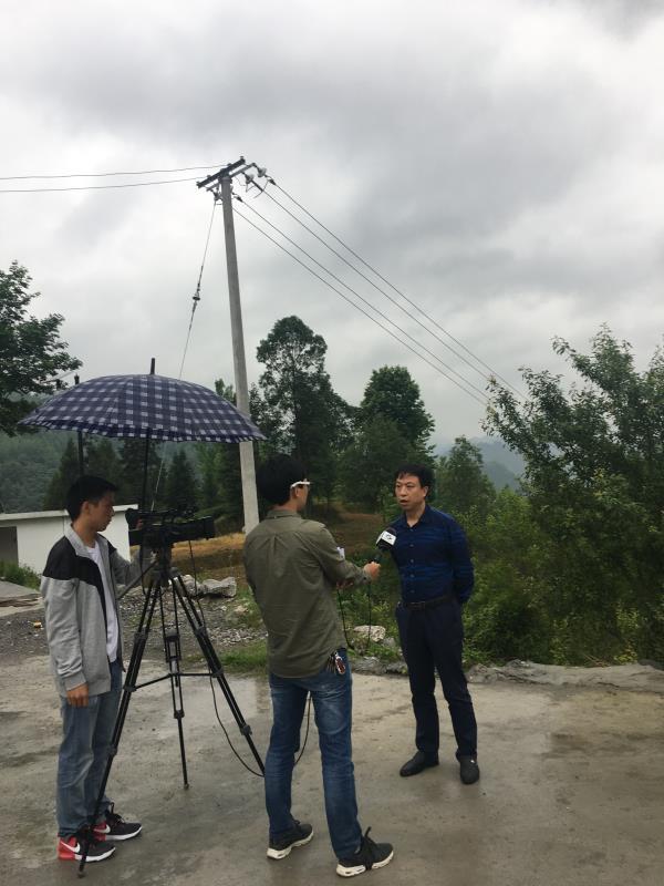 任达军律师接受印江电视台采访