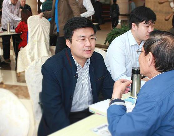 """胡博晨律师参加天津市老龄委举办的""""敬老、爱老""""法律咨询"""