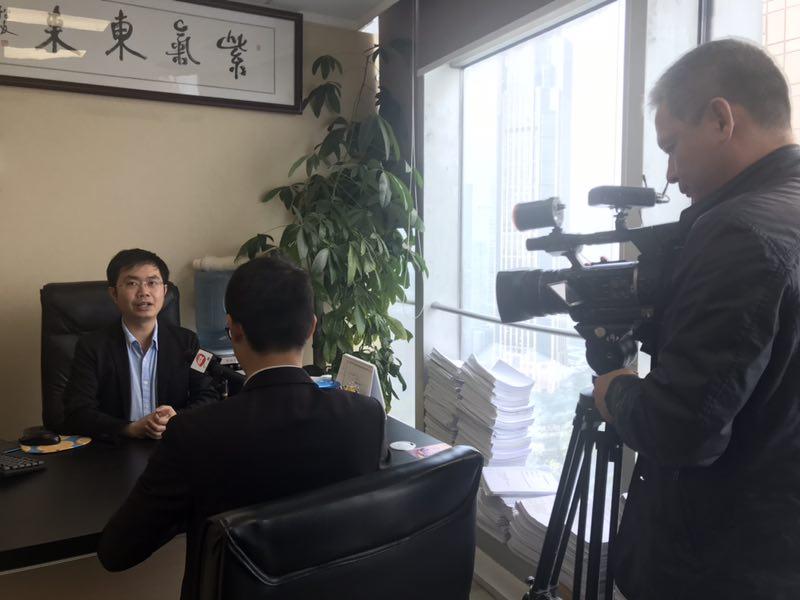 广视新闻采访