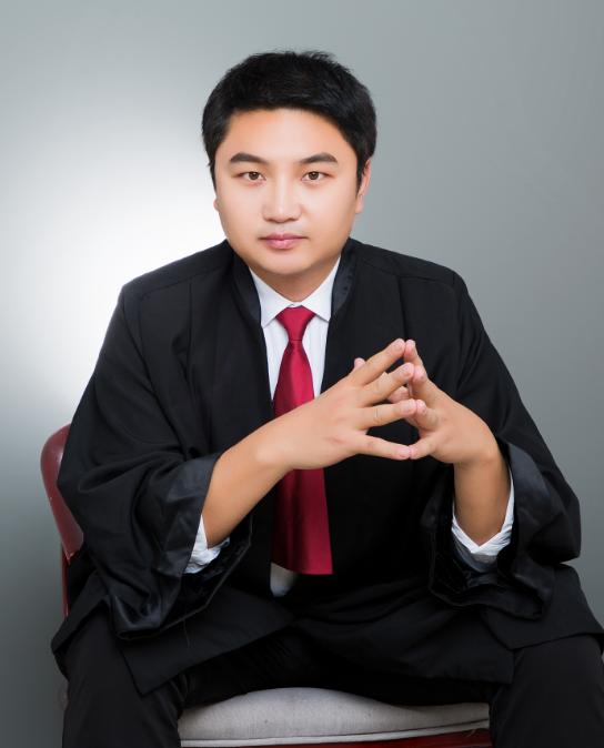 李文威律师