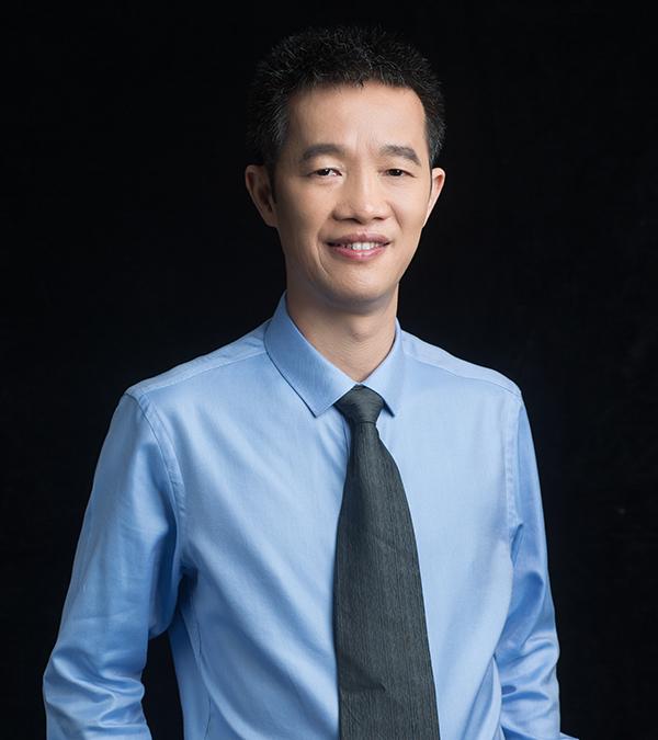 邓敬文律师